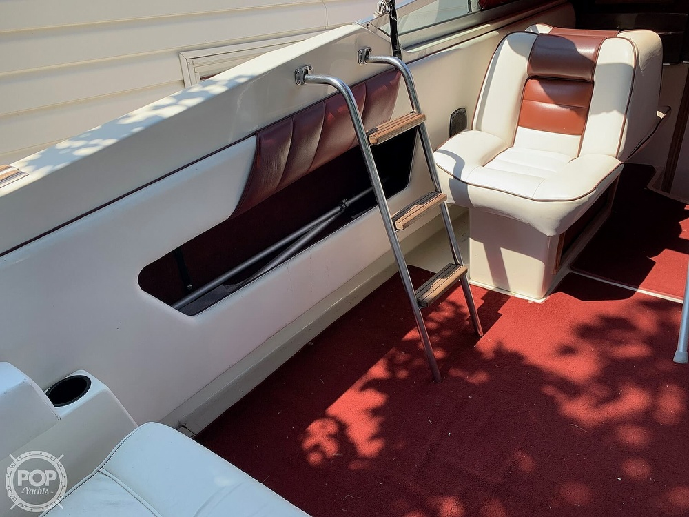 1989 Sea Ray boat for sale, model of the boat is 260 Cuddy Cabin & Image # 19 of 41