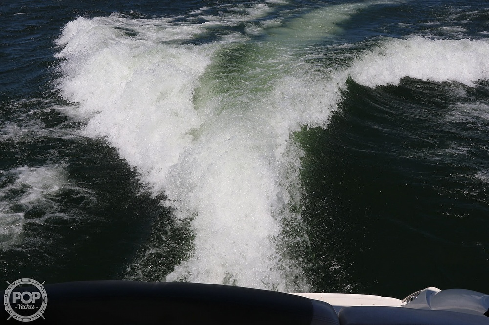 2006 Sea Ray boat for sale, model of the boat is 290 Sundancer & Image # 23 of 40