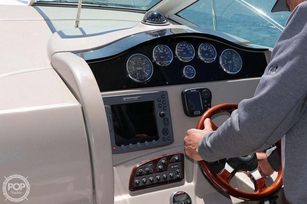 2006 Sea Ray boat for sale, model of the boat is 290 Sundancer & Image # 26 of 40