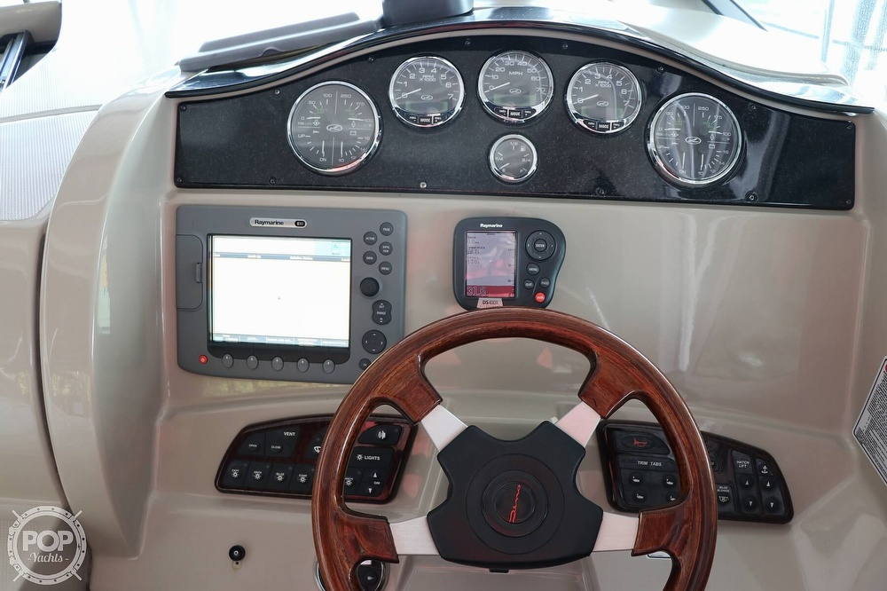 2006 Sea Ray boat for sale, model of the boat is 290 Sundancer & Image # 37 of 40