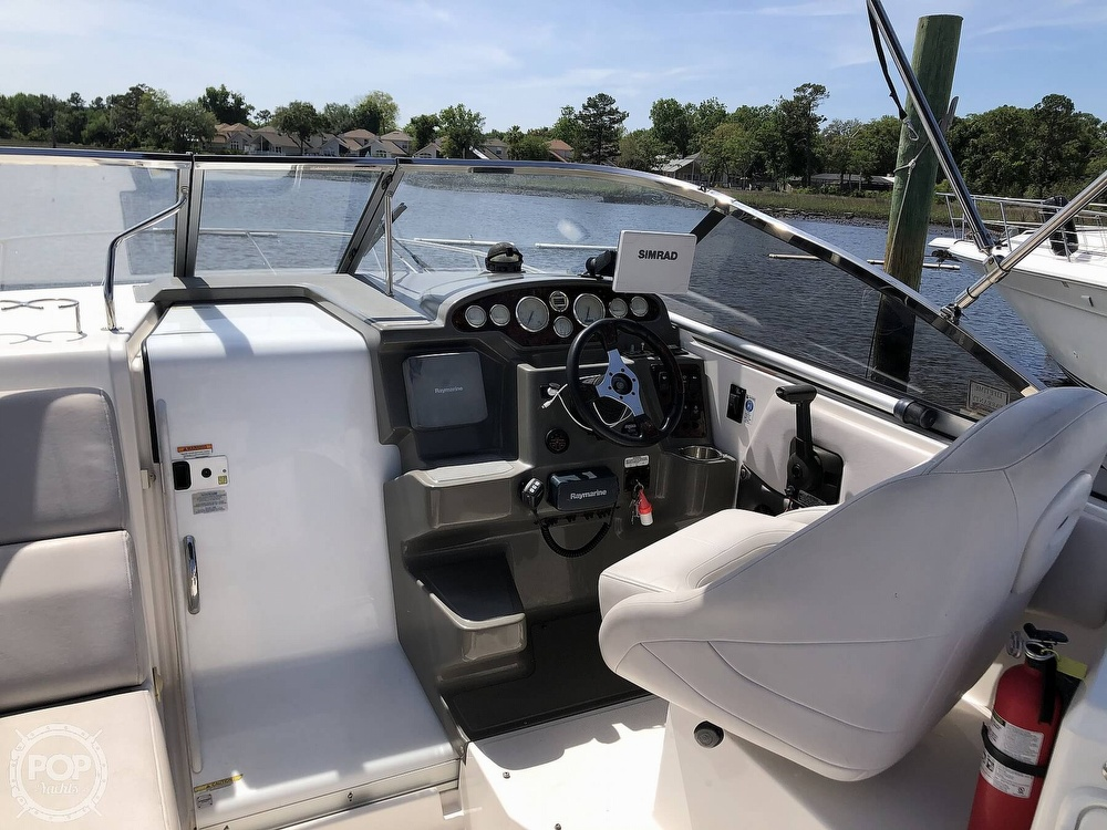 2008 Regal boat for sale, model of the boat is 2565 window express & Image # 4 of 40