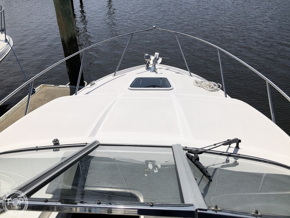 2008 Regal boat for sale, model of the boat is 2565 window express & Image # 7 of 40