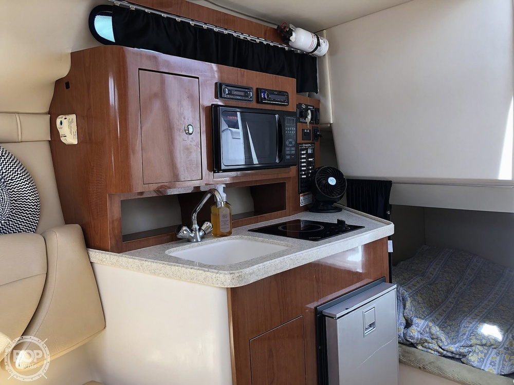 2008 Regal boat for sale, model of the boat is 2565 window express & Image # 9 of 40