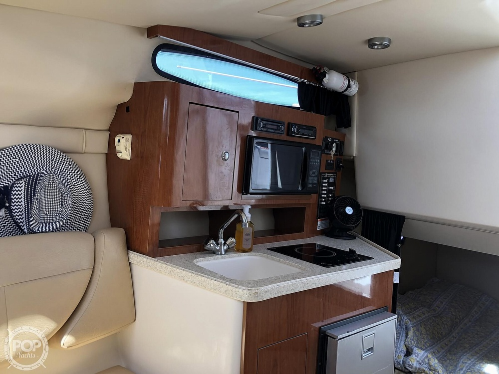 2008 Regal boat for sale, model of the boat is 2565 window express & Image # 10 of 40
