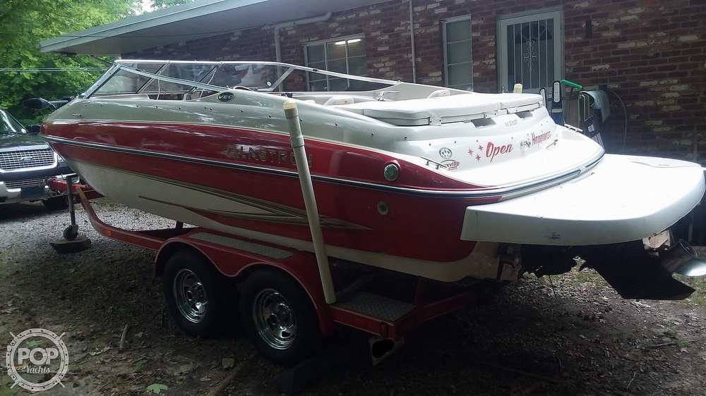2004 Glastron boat for sale, model of the boat is GX205SF & Image # 2 of 40