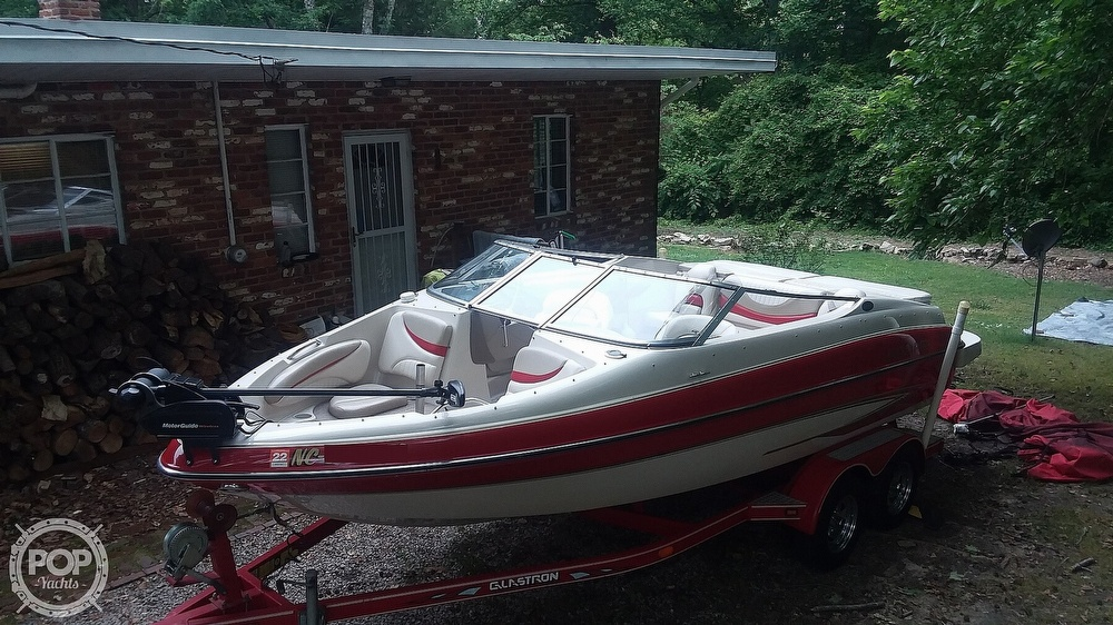 2004 Glastron boat for sale, model of the boat is GX205SF & Image # 5 of 40