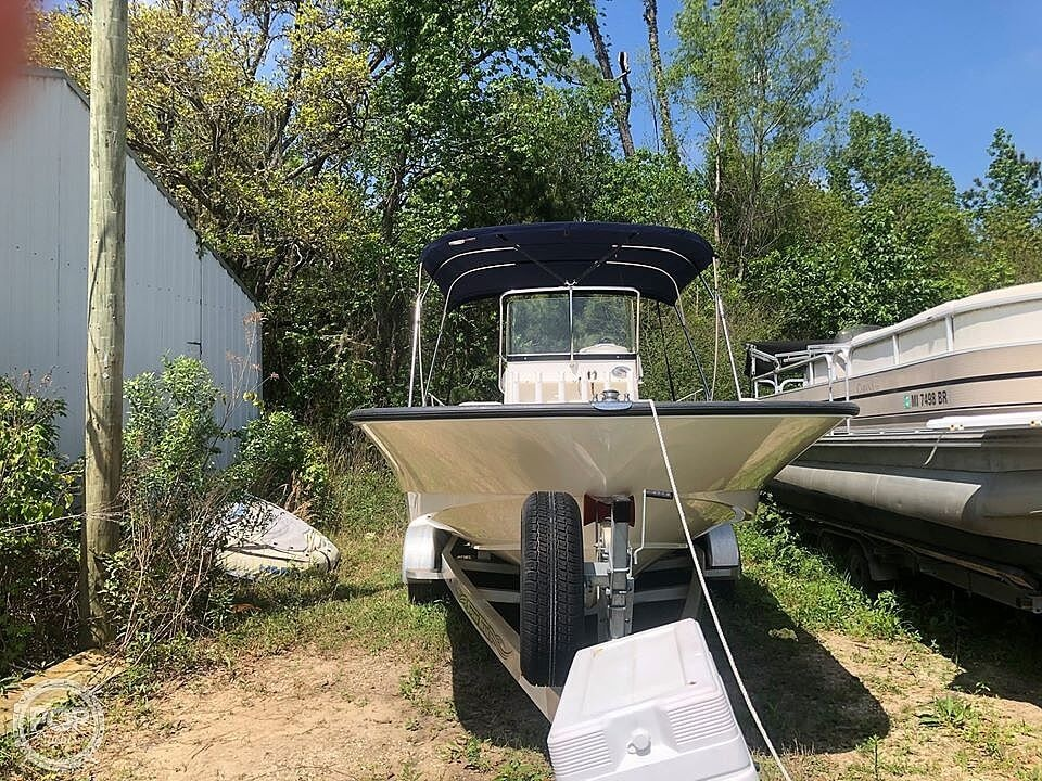 2017 Boston Whaler boat for sale, model of the boat is Montauk & Image # 2 of 17
