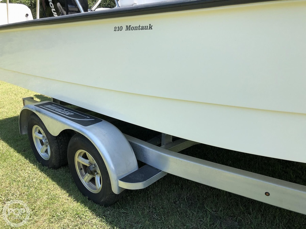 2017 Boston Whaler boat for sale, model of the boat is 210 Montauk & Image # 25 of 40