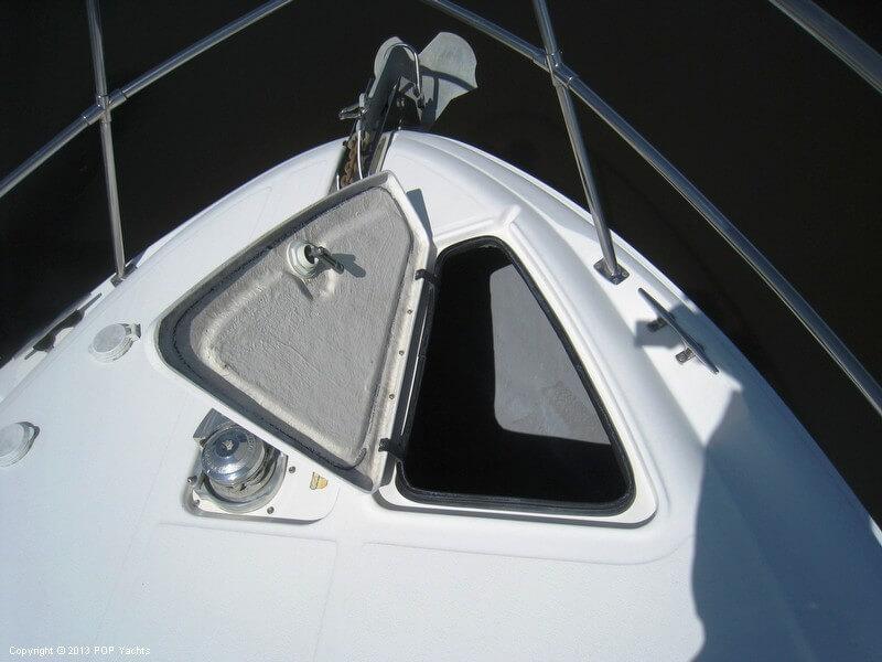 1998 Sea Ray 370 Aft Cabin - Photo #7