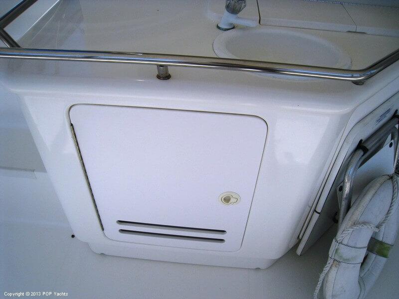 1998 Sea Ray 370 Aft Cabin - Photo #25