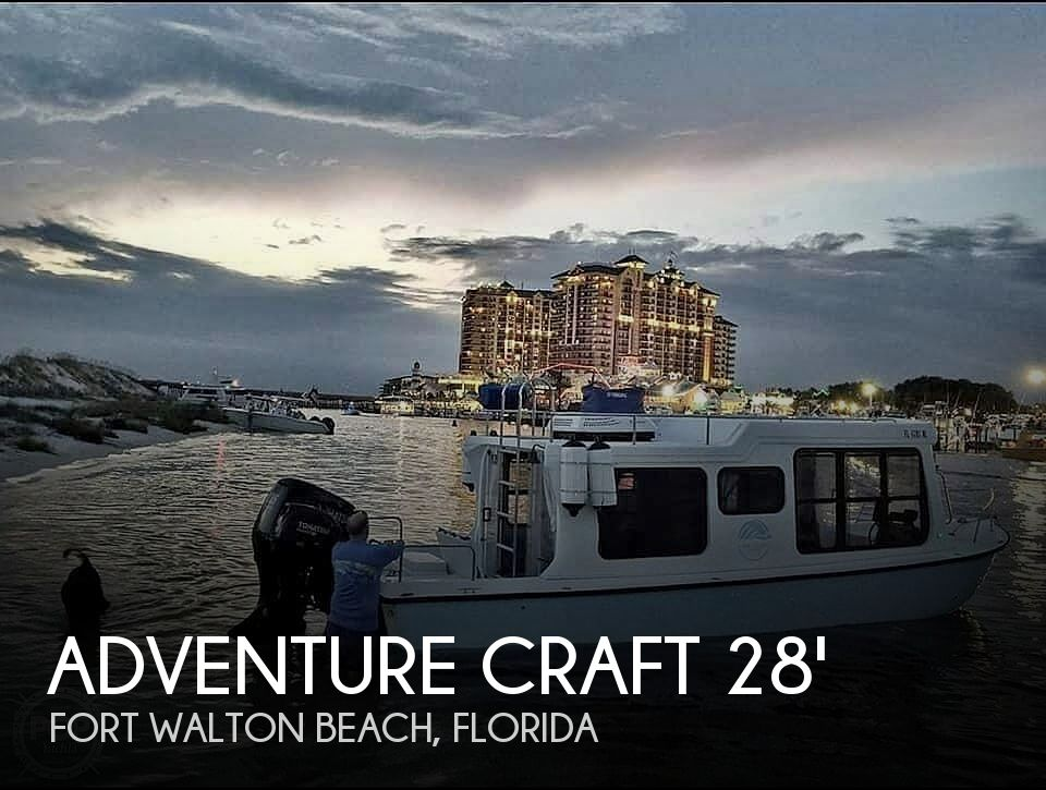 Used Houseboats For Sale in Florida by owner | 1999 28 foot Adventure Craft Houseboat