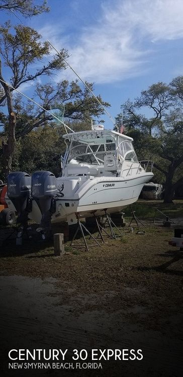 Used Boats For Sale in Deltona, Florida by owner | 2015 Century 30 Express