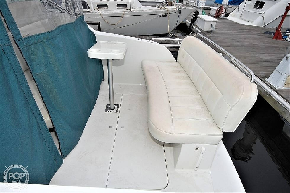 1997 Carver boat for sale, model of the boat is 260 Special Edition & Image # 7 of 40