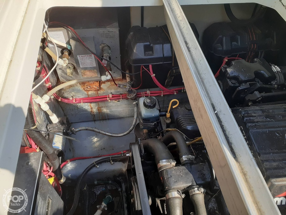 1997 Carver boat for sale, model of the boat is 260 Special Edition & Image # 36 of 40