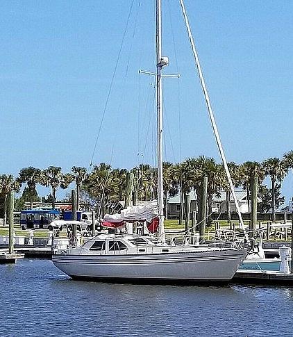 1981 U.S. Yacht 35 - #$LI_INDEX