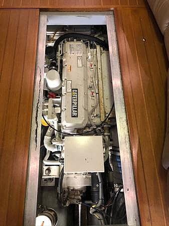 2001 Mainship 390 Trawler - image 11