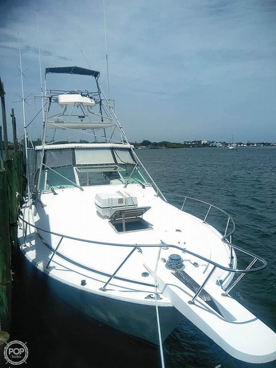 1985 Bertram boat for sale, model of the boat is 38 Special & Image # 3 of 40