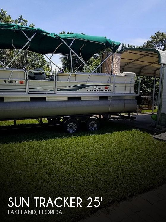 Used Sun Tracker Pontoon Boats For Sale in Florida by owner | 2007 26 foot Sun Tracker Party Barge