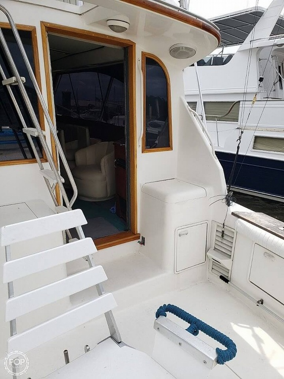 1993 Ocean Yachts boat for sale, model of the boat is 42 Super Sport & Image # 13 of 40
