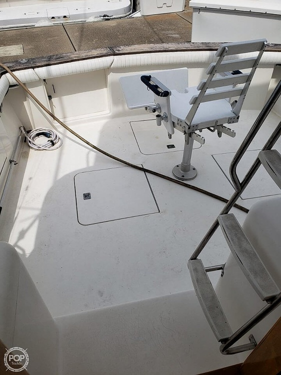 1993 Ocean Yachts boat for sale, model of the boat is 42 Super Sport & Image # 15 of 40