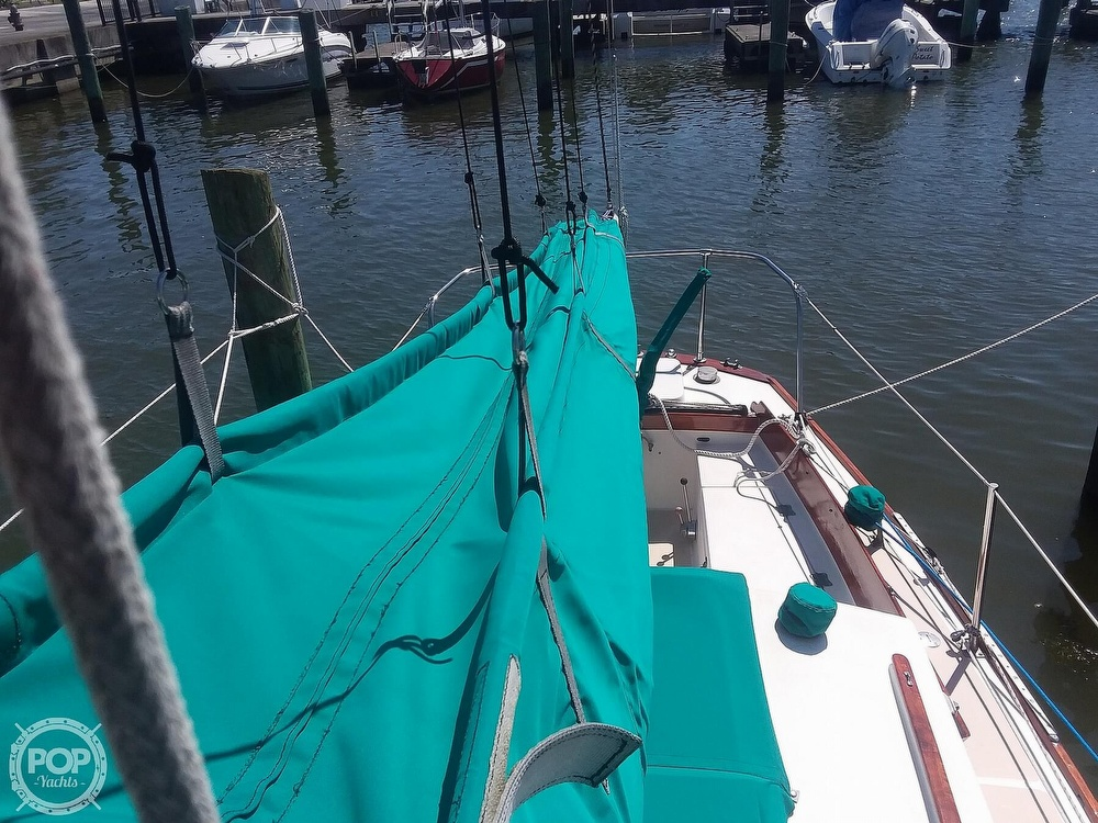 1980 Cape Dory boat for sale, model of the boat is 27 & Image # 10 of 40