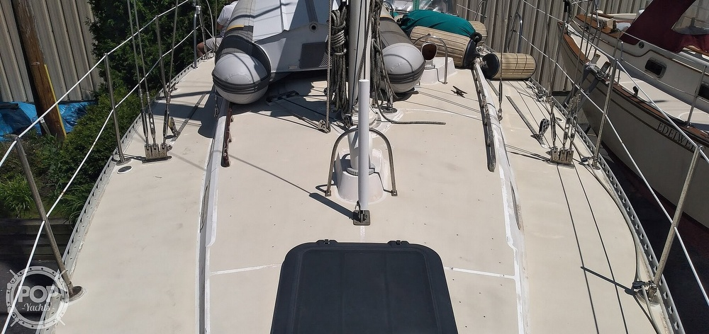 1981 Golden Wave boat for sale, model of the boat is 42 & Image # 9 of 40