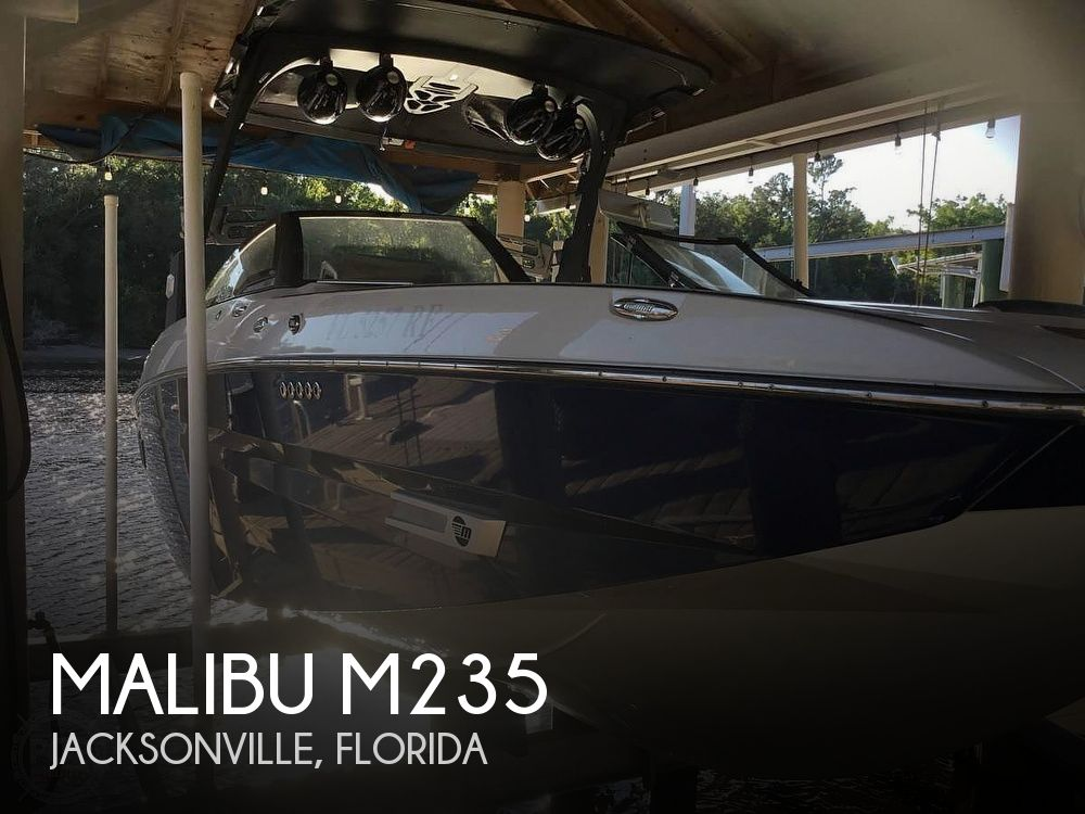 Used Power boats For Sale in Jacksonville, Florida by owner | 2017 Malibu M235