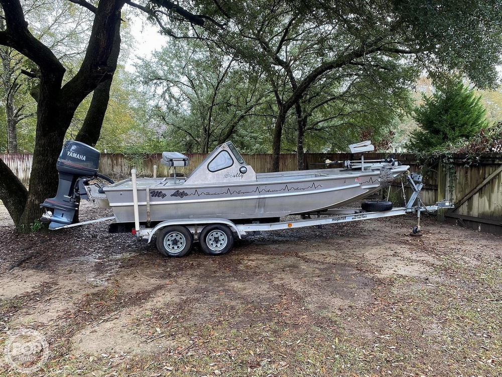2000 Scullys boat for sale, model of the boat is 2072 MV1 & Image # 5 of 40