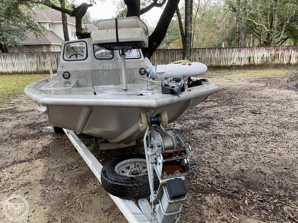 2000 Scullys boat for sale, model of the boat is 2072 MV1 & Image # 3 of 40