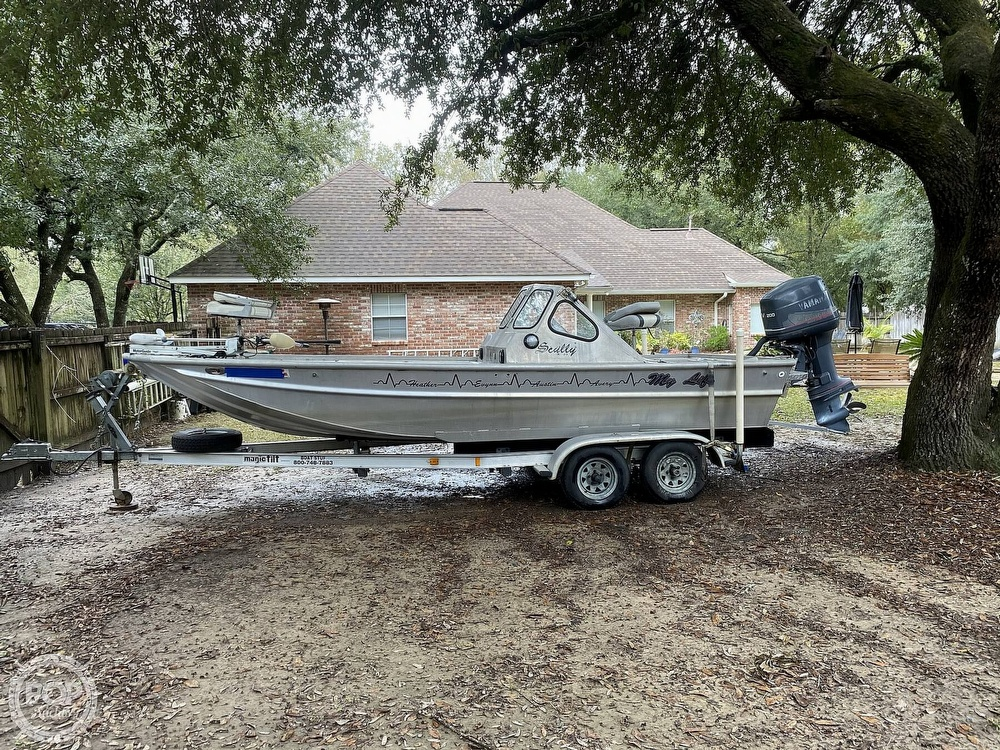 2000 Scullys boat for sale, model of the boat is 2072 MV1 & Image # 8 of 40