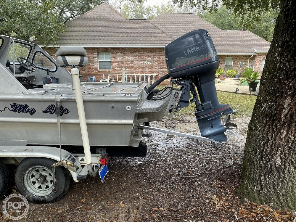 2000 Scullys boat for sale, model of the boat is 2072 MV1 & Image # 14 of 40