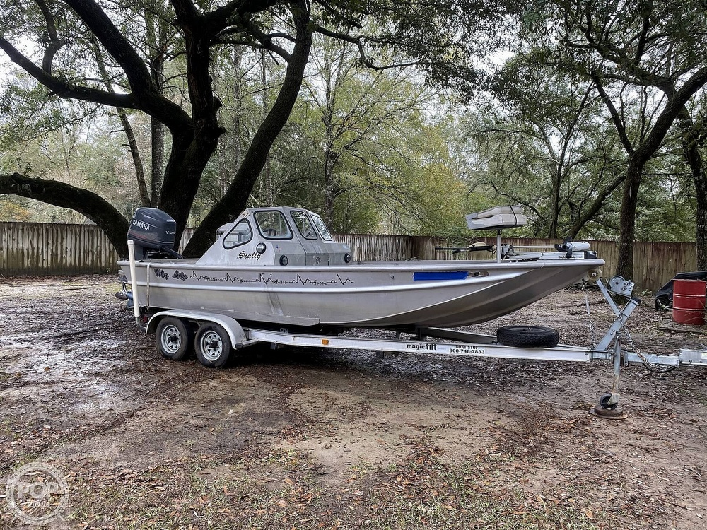 2000 Scullys boat for sale, model of the boat is 2072 MV1 & Image # 10 of 40