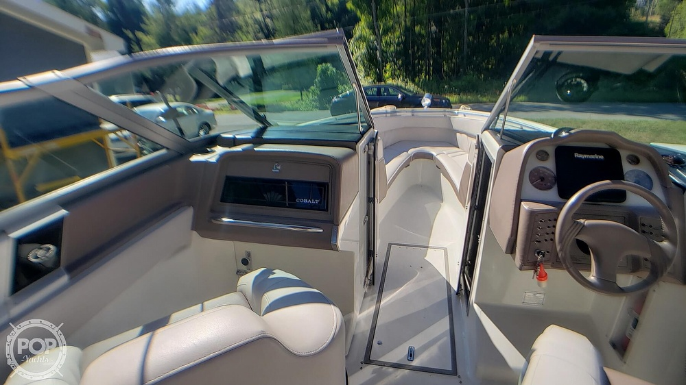 1993 Cobalt boat for sale, model of the boat is 272 & Image # 17 of 40