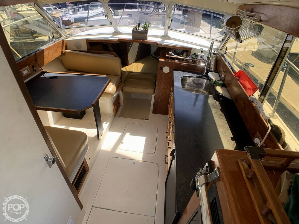 1980 Phoenix boat for sale, model of the boat is 29 & Image # 3 of 40