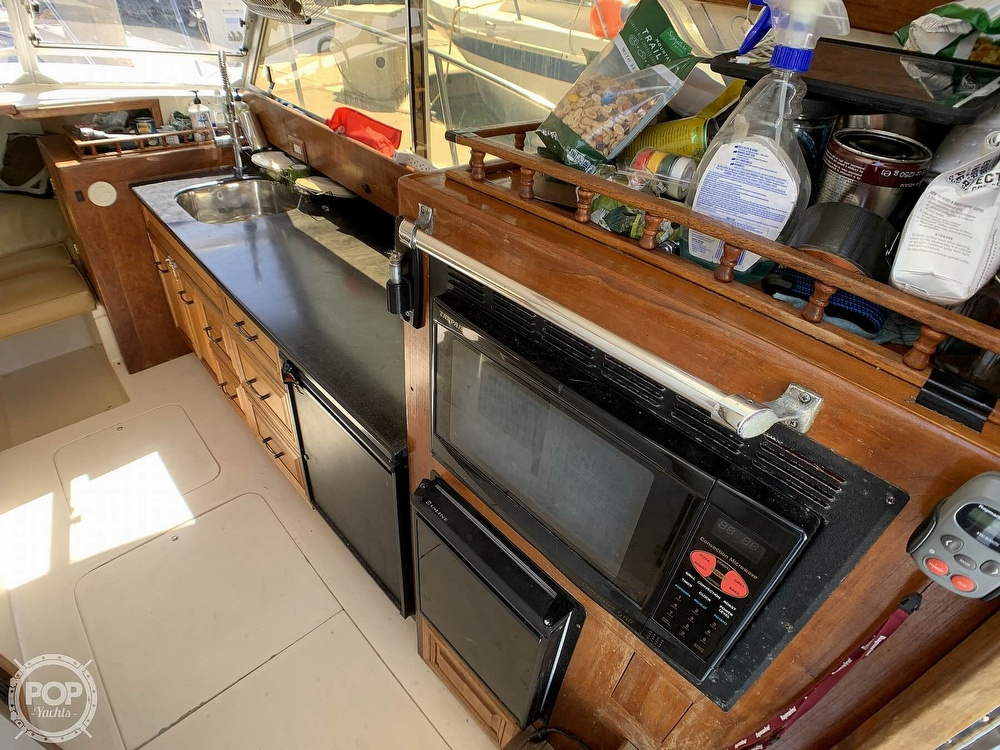 1980 Phoenix boat for sale, model of the boat is 29 & Image # 23 of 40