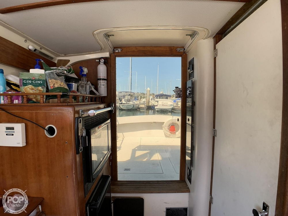 1980 Phoenix boat for sale, model of the boat is 29 & Image # 21 of 40