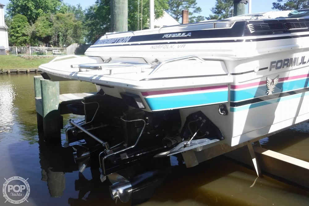 1993 Formula boat for sale, model of the boat is 357 SR1 & Image # 17 of 40