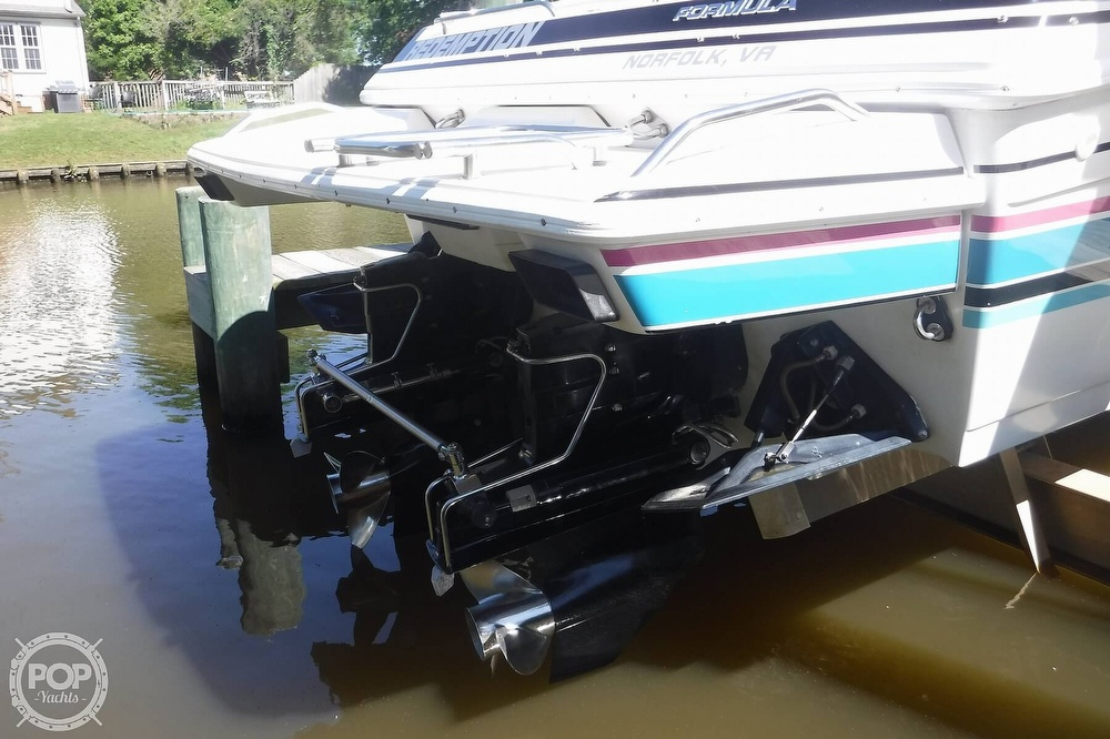 1993 Formula boat for sale, model of the boat is 357 SR1 & Image # 19 of 40