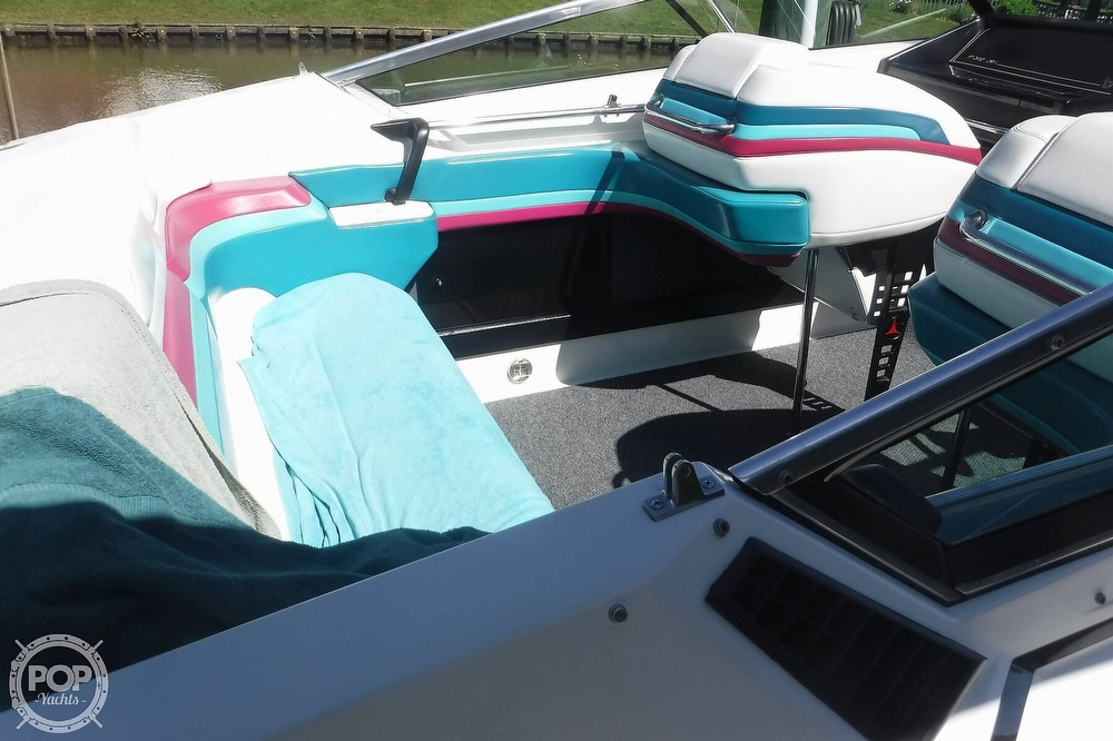 1993 Formula boat for sale, model of the boat is 357 SR1 & Image # 22 of 40
