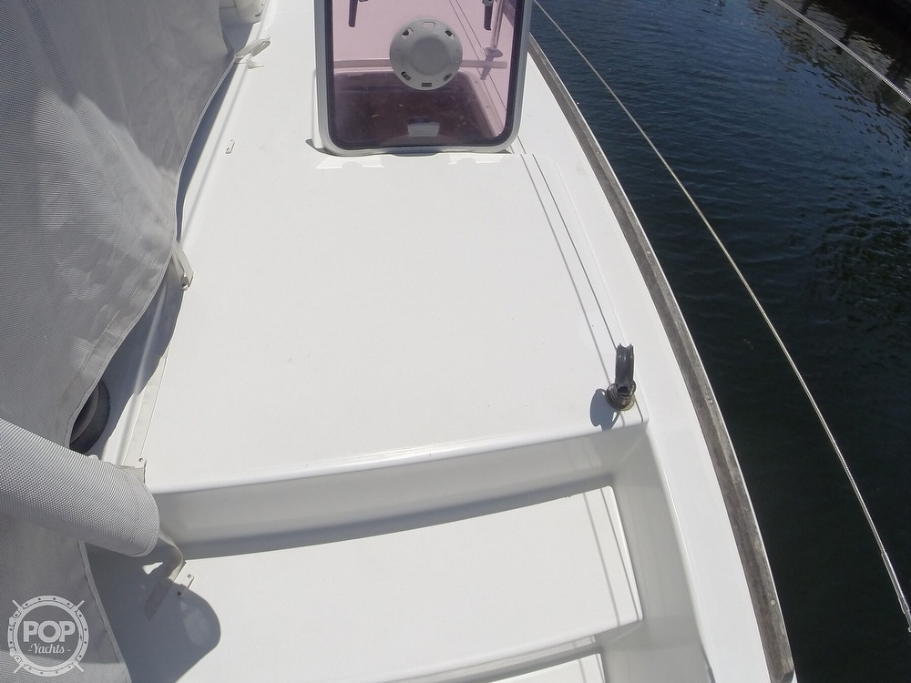 2010 Lagoon boat for sale, model of the boat is 400 & Image # 23 of 40