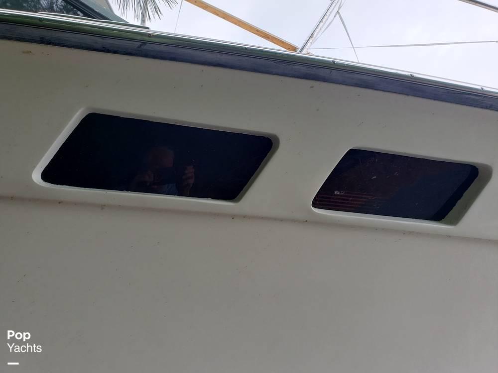 1988 Trojan boat for sale, model of the boat is 32 Sedan Flybridge & Image # 11 of 40