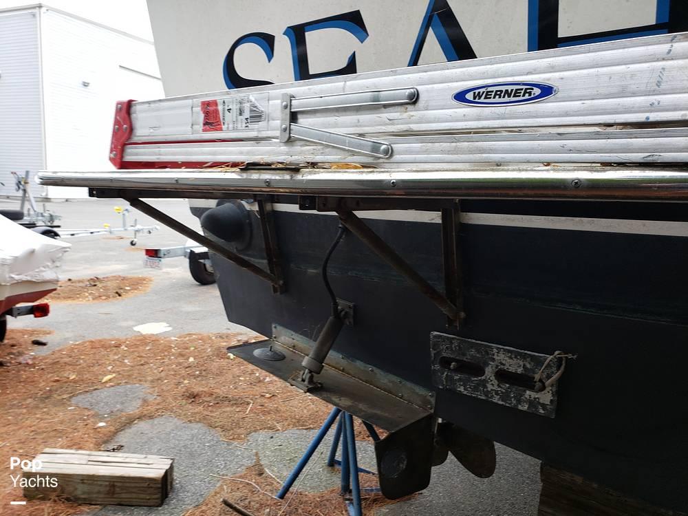 1988 Trojan boat for sale, model of the boat is 32 Sedan Flybridge & Image # 22 of 40