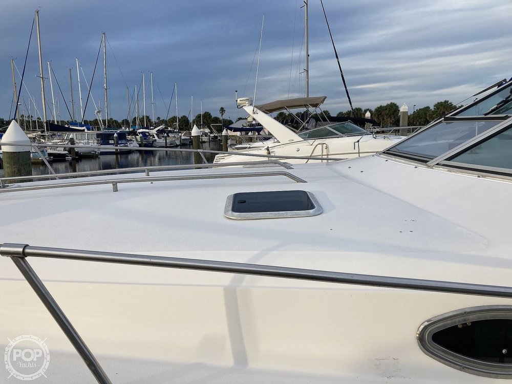 1994 Sea Ray boat for sale, model of the boat is 330 Sundancer & Image # 10 of 40