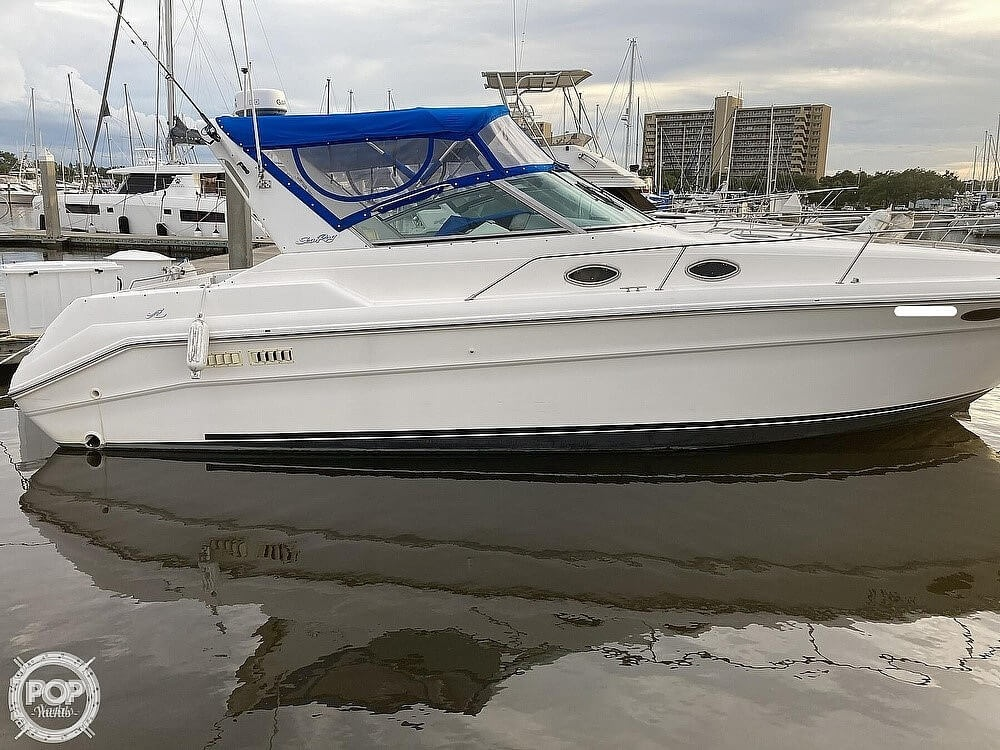 1994 Sea Ray boat for sale, model of the boat is 330 Sundancer & Image # 2 of 40