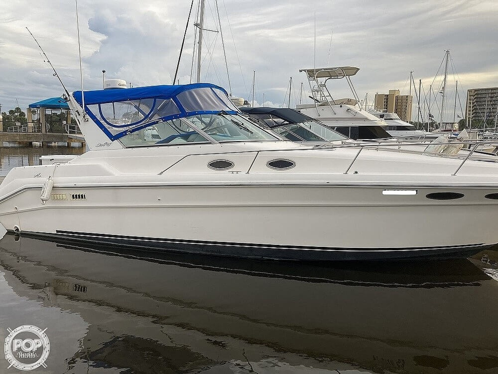 1994 Sea Ray boat for sale, model of the boat is 330 Sundancer & Image # 16 of 40