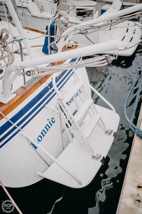 1985 Endeavour boat for sale, model of the boat is 40 & Image # 16 of 17