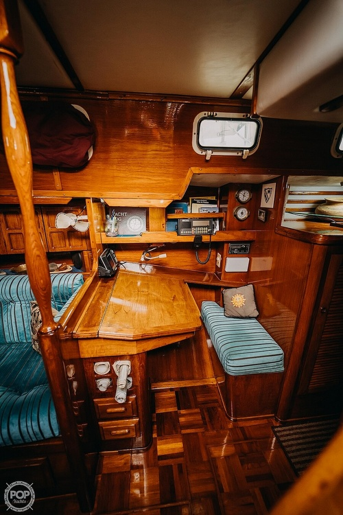 1985 Endeavour boat for sale, model of the boat is 40 & Image # 5 of 17