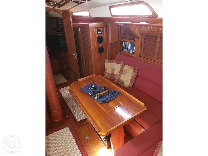 1981 Tayana boat for sale, model of the boat is Vancouver Bluewater 42 & Image # 11 of 17
