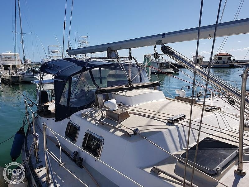 1981 Tayana boat for sale, model of the boat is Vancouver Bluewater 42 & Image # 3 of 17