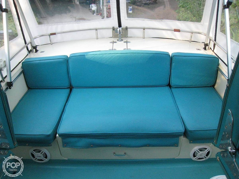 1967 Tollycraft boat for sale, model of the boat is Express & Image # 10 of 40